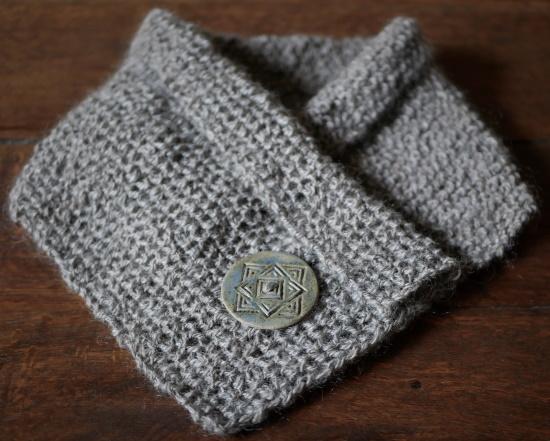 http://spinningshepherd.com/wp-content/uploads/2021/03/grey-scarf-finished-resized-for-forum-post.jpg